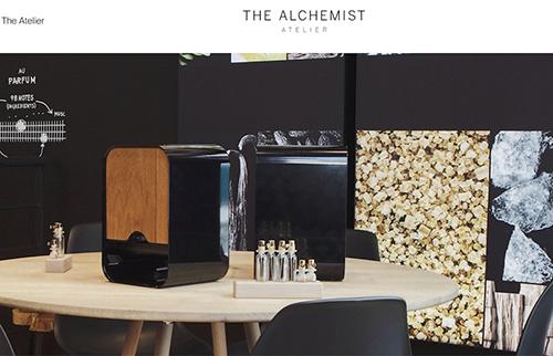 美妆巨头 Puig 联手西门子家电推出高科技香水定制工坊