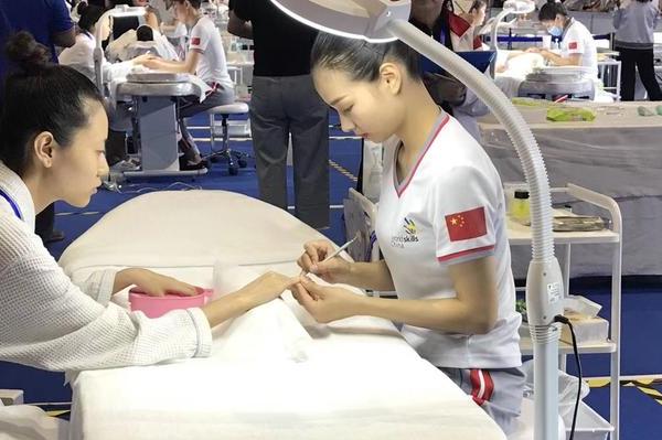 95后美容师作为引进人才落户上海